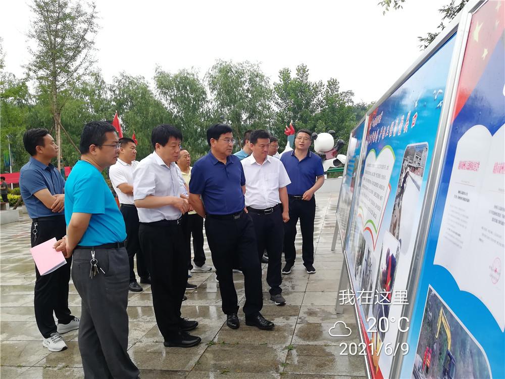 区人大常委会视察调研全区农村公路建设管理工作